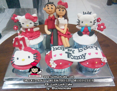 Cupcake Romantis Tema Hello Kitty