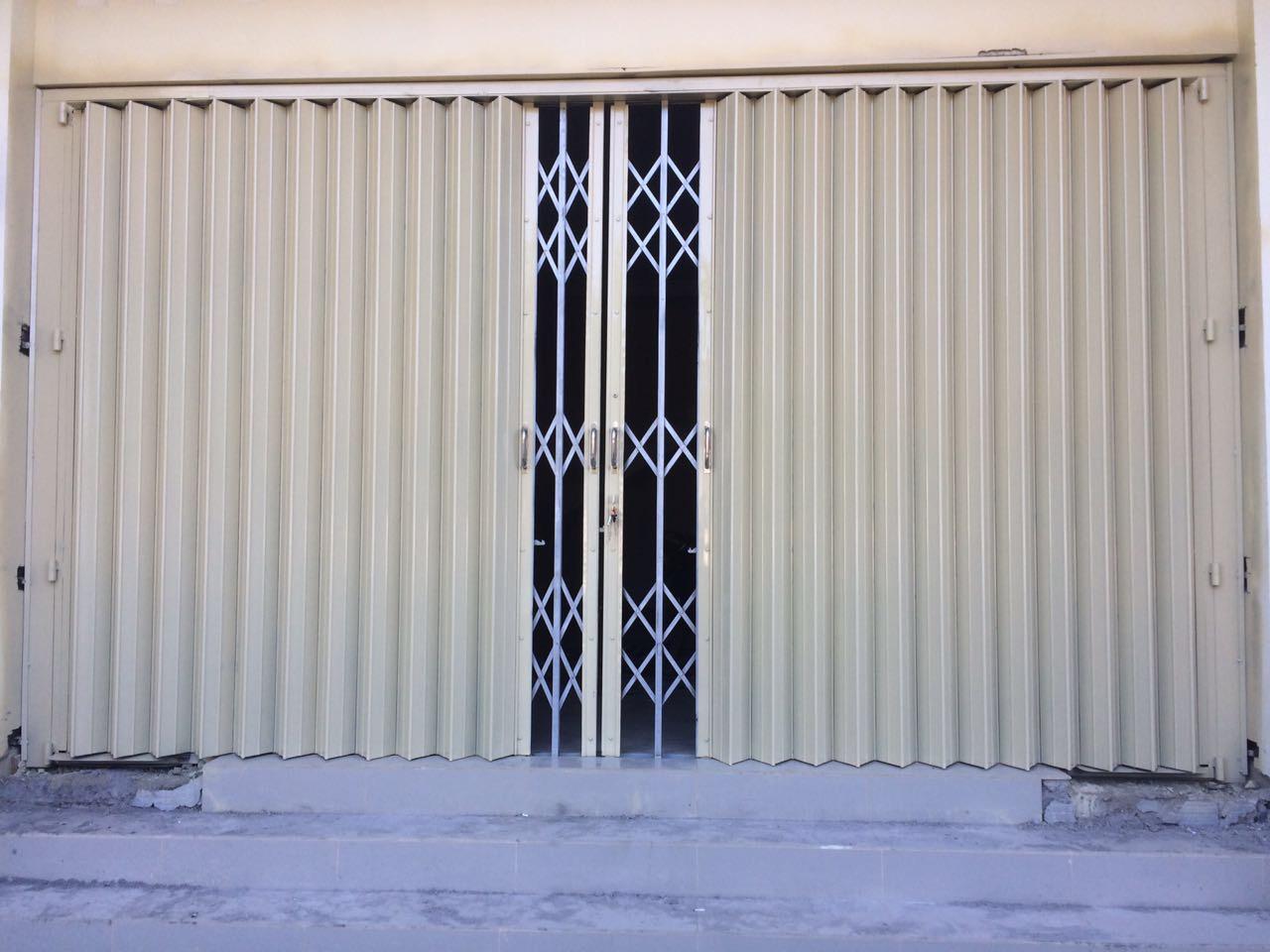 spesialis fabrikasi pintu harmonika Jakarta Timur