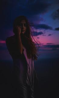 Alone Girls Mobile HD Wallpaper