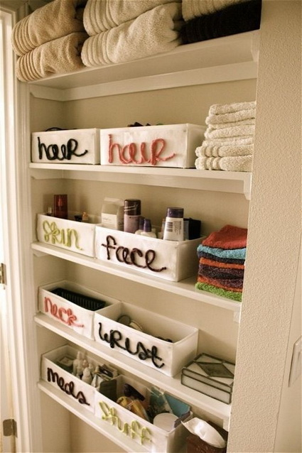 Cheap and Creative Storage Ideas for Small Bathrooms 3