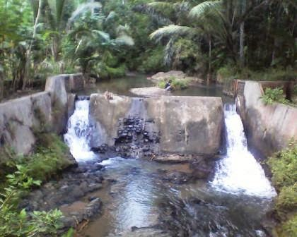 Pesona-Sungai-Desa-Kemejing