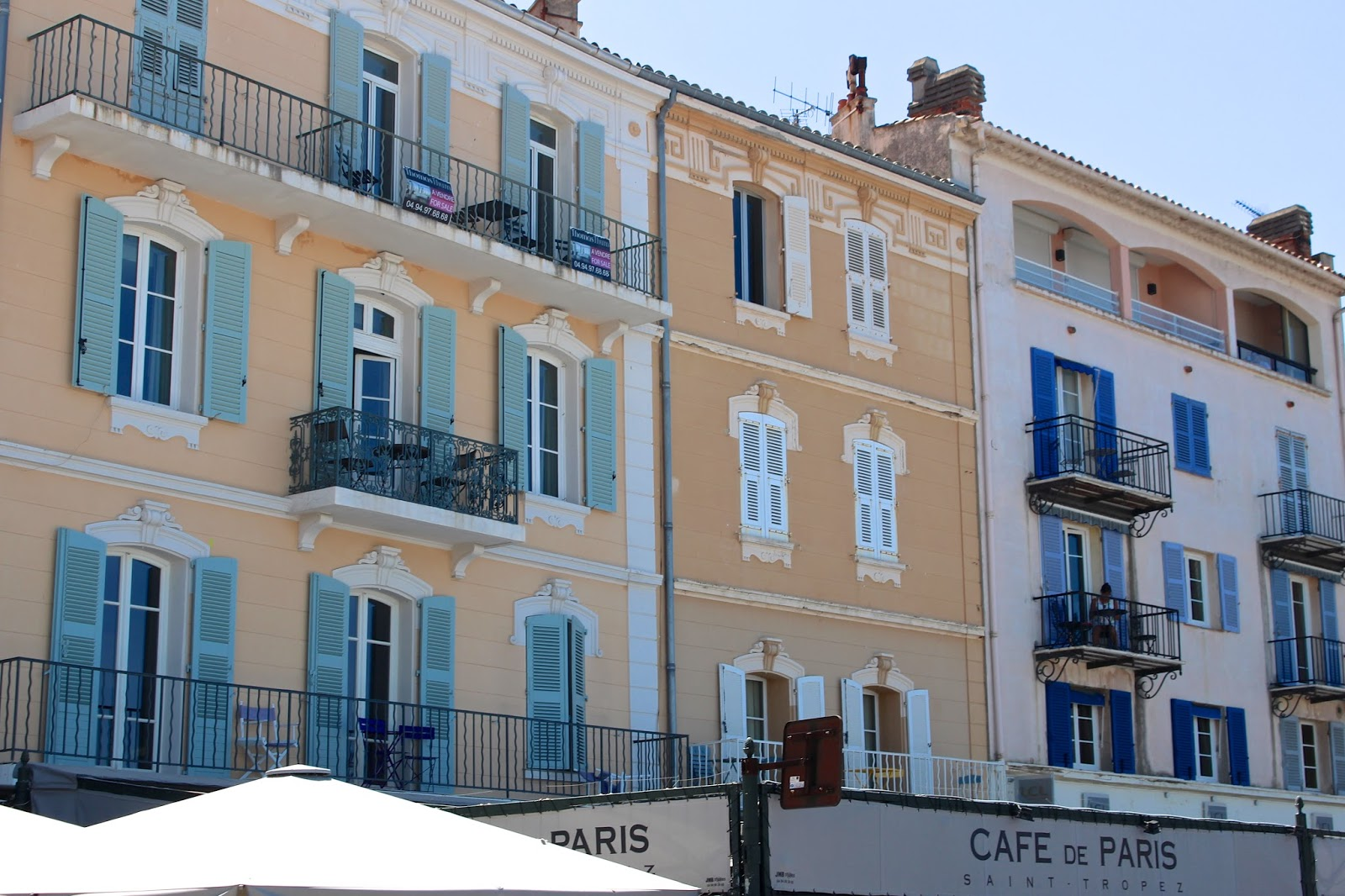 The pastel coloured buildings of Saint Tropez
