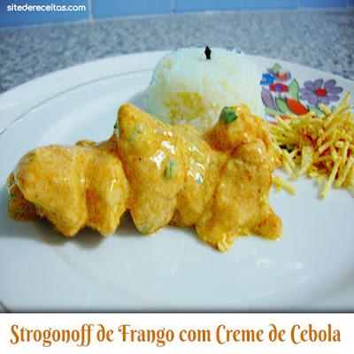 Strogonoff de frango com creme de cebola