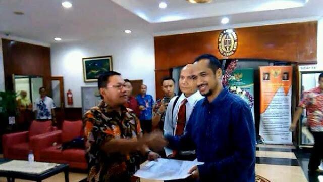 ABRAHAM SAMAD: Terima Kasih Presiden Jokowi