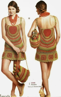 http://crochetemoda.blogspot.com.es/2013/11/vestido-de-crochet_27.html