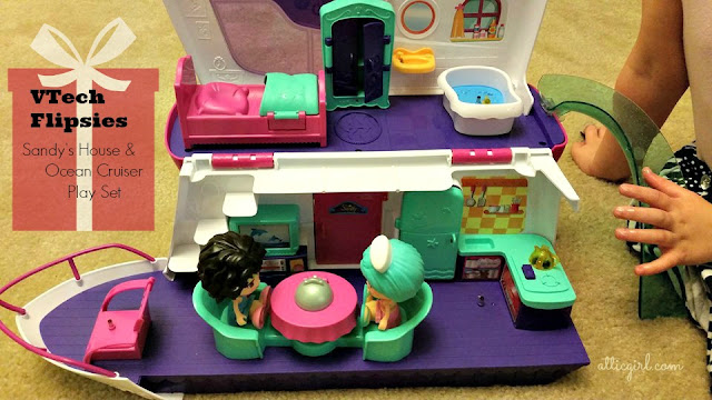 Sandy's House & Ocean Cruiser Play set
