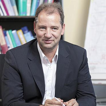 Prof Dr Dr Enrico Edinger