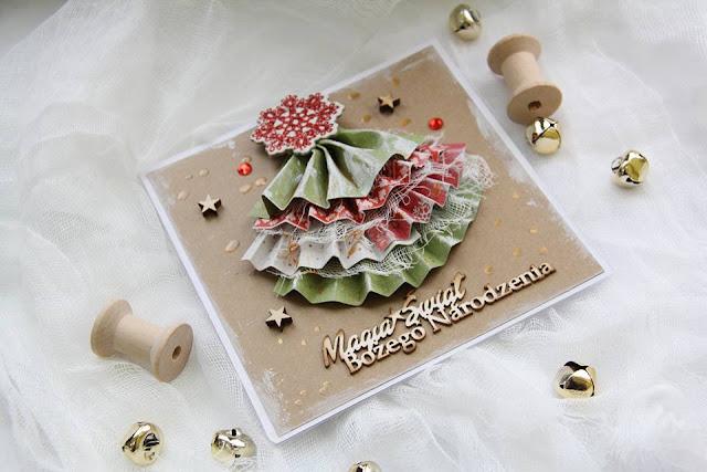 świąteczna kartka z dekoracyjną choinką