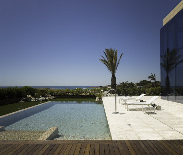 House in the sea - Ametlla227