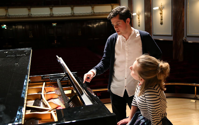 James Way and Natalie Burch (Photo Robert Piwko)