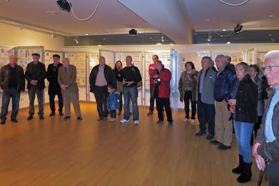 Público en la Inauguración de la Exposición filatélica de Ribadesella
