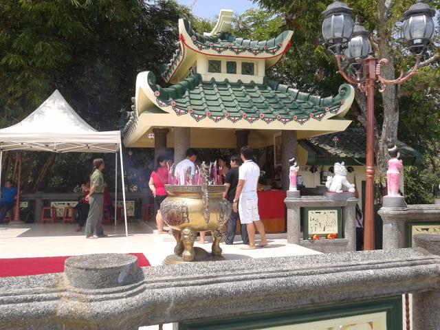 Foto-Foto Vihara Nam Hai Kwan Se Im Pu Sa