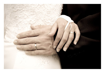 Wedding rings by guyfromczech - أفضل سن الزواج و إنجاب للمرأة و الرجل ؟