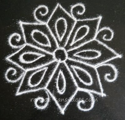 kolam-in-ear-ring-1.jpg