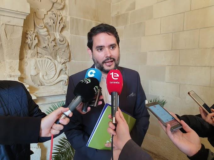 """David Caballero: """"Es lamentable que el Mercado Central vuelva a centrar el debate en precampaña"""""""