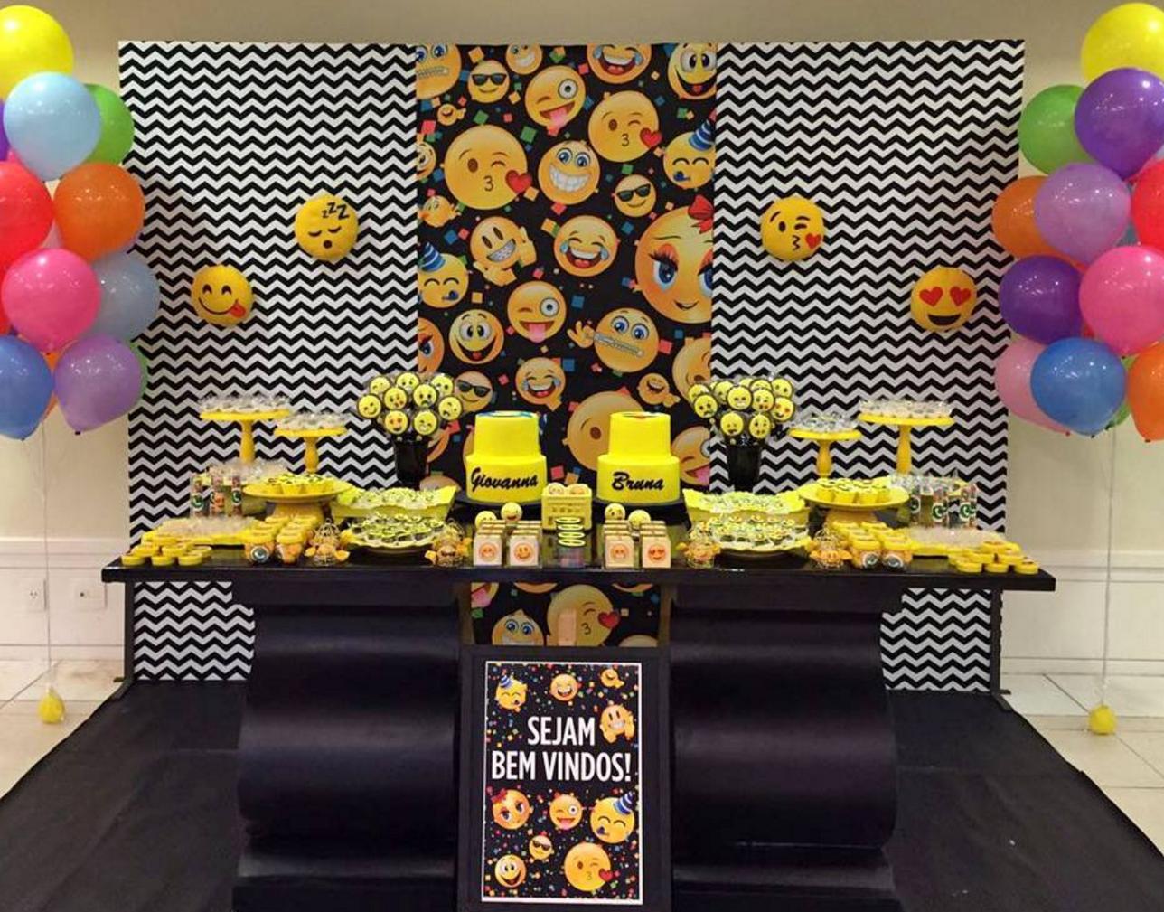 Decora tu fiesta de emoji for Decoracion para aniversario