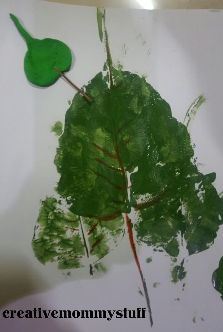 Creative Mommy Stuff Leaf Printing Art For Kids