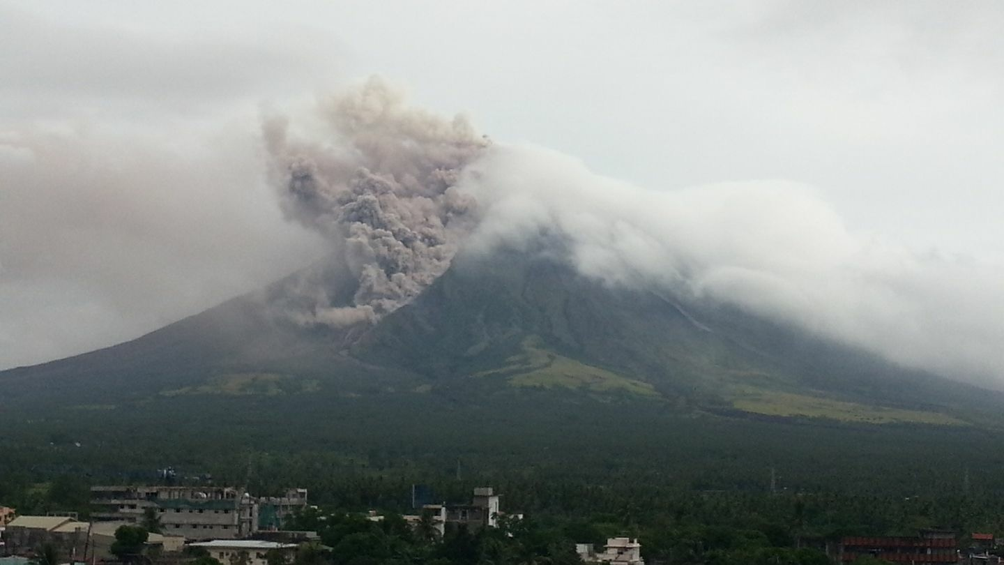 PHIVOLCS latest update on Mayon Volcano: Alert level 3
