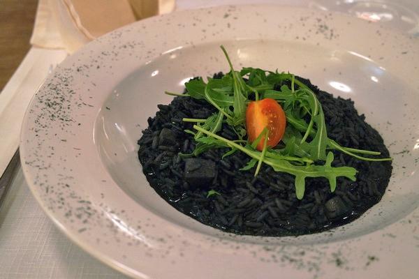 ljubljana restaurant valentin poisson risotto encre seiche