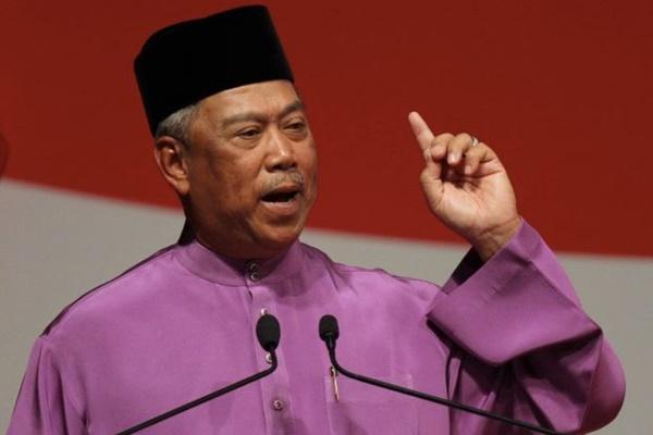 Muhyiddin Yassin Bidas Tuduhan Wujud Komplot Jatuhkan PM Najib! Publish