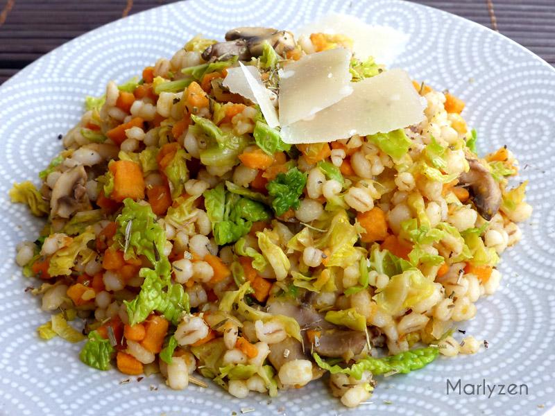 Orge perlé aux petits légumes (patate douce, chou frisé et champignons)
