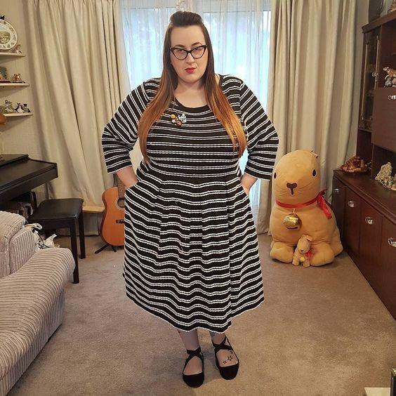 Joanie Clothing Gigi Scallop Stripe plus size dress
