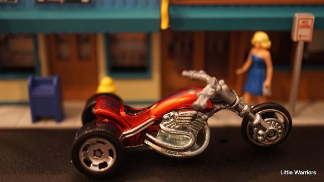 Blastous Moto (Y9425)