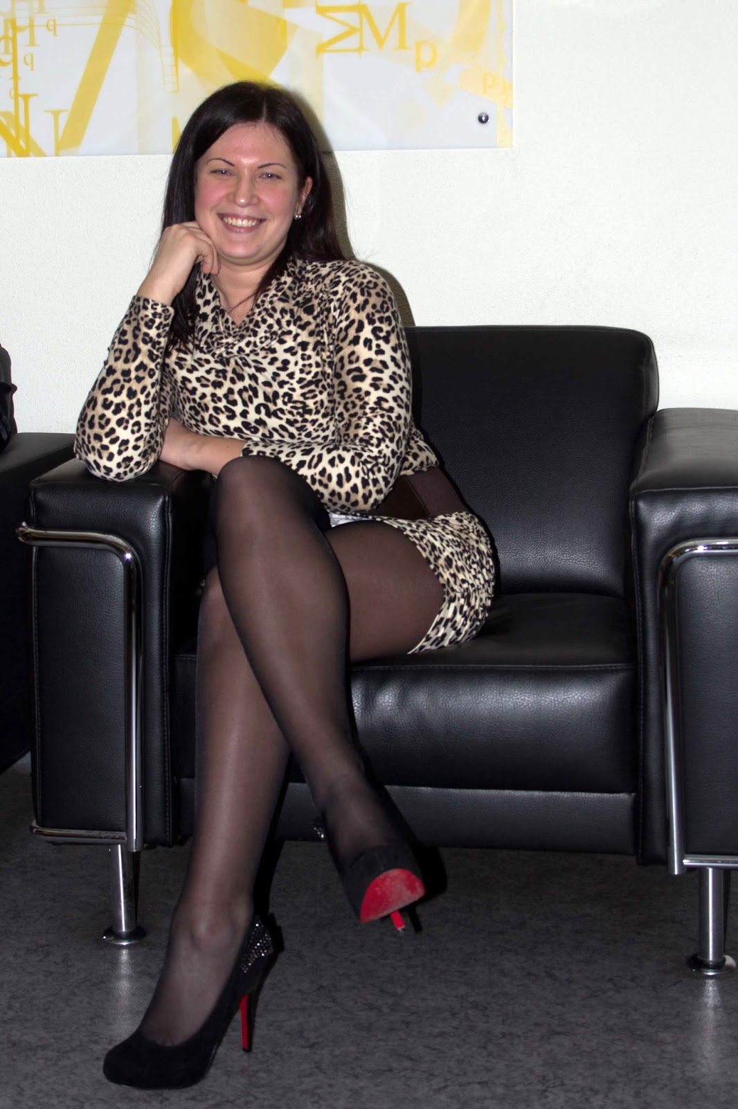 fashion tights skirt dress heels : Candid Amateur in ...