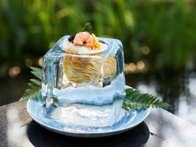 Swan ice shaver 極致鵝絨日式刨冰機 · 鵝絨雪花冰機-swan-kakigori-hoshinoya-guguan-iced-noodle-in-ice-bowl