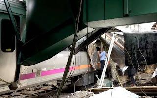 Grave accidente deja tres muertos y más de 100 heridos en Estados Unidos