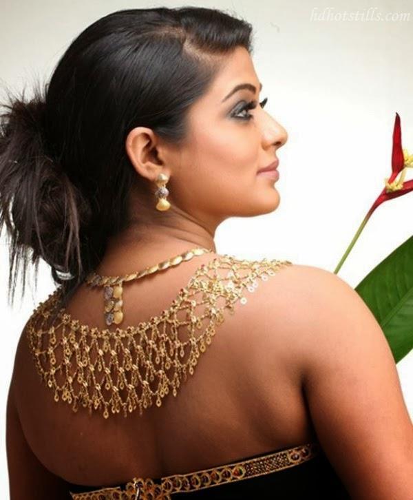 Backless pics of priyamani Hot Pics of best braless South Indian Actress