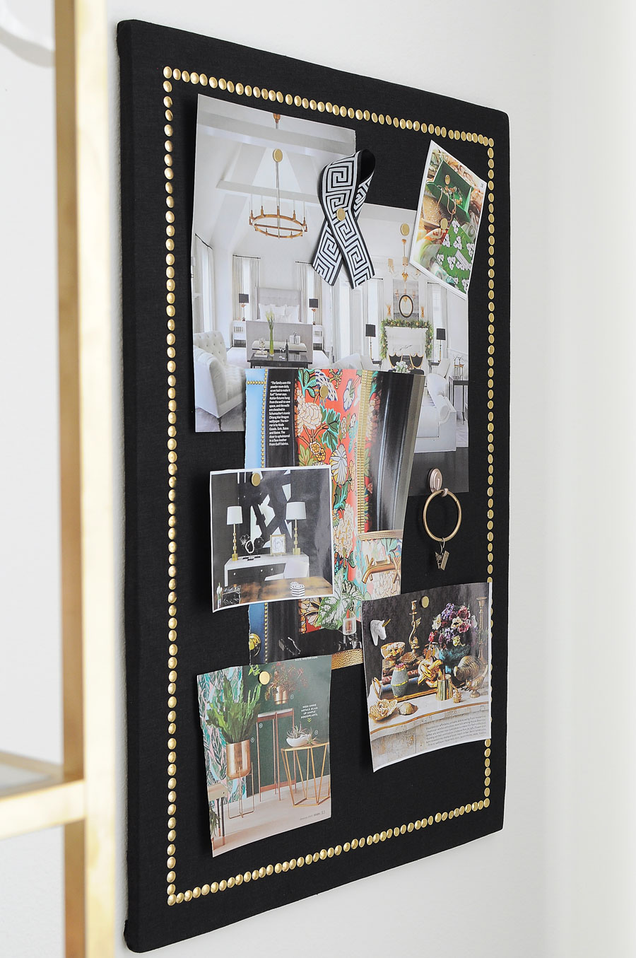 Use common dollar store supplies to make a chic and functional cork board. Love the black linen and gold nailhead border, and the tutorial is so detailed! Totally making one.