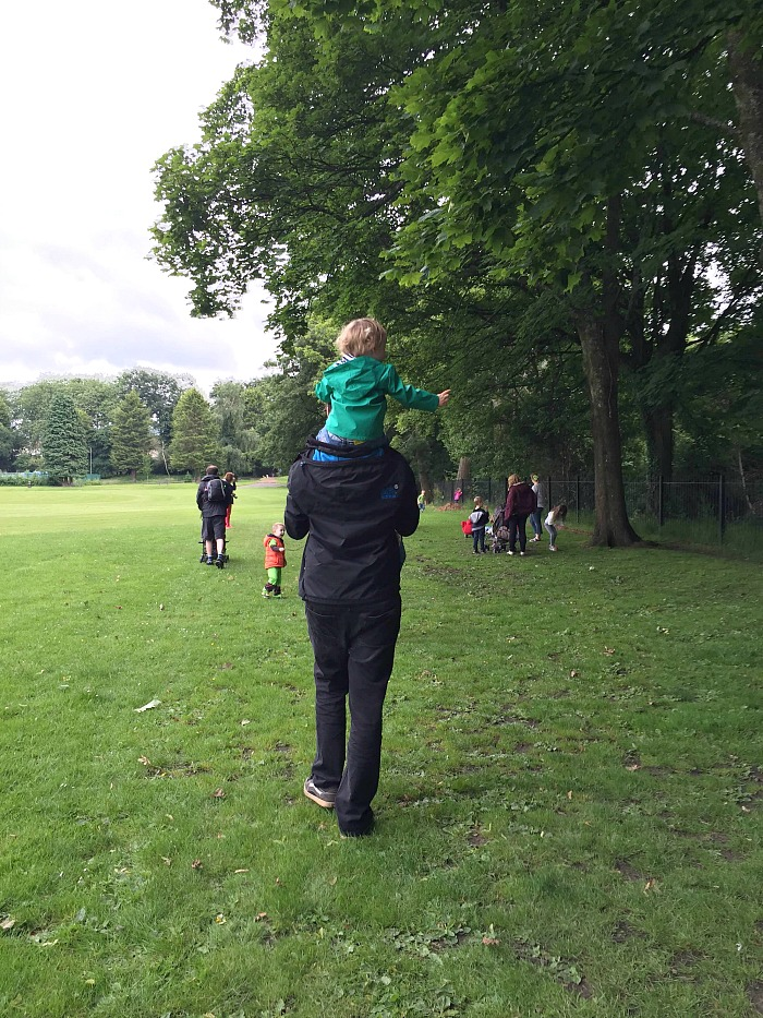 On Daddys shoulders
