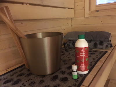 sauna, saunatuoksu, tuoksu, kiulu, kauha, emendo, rentosauna, laudesuoja, saunatyyny, rentoutus
