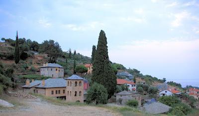 Ιερά Σκήτη Αγίου Παντελεήμονος  Κουτλουμουσίου - Άγιον Όρος