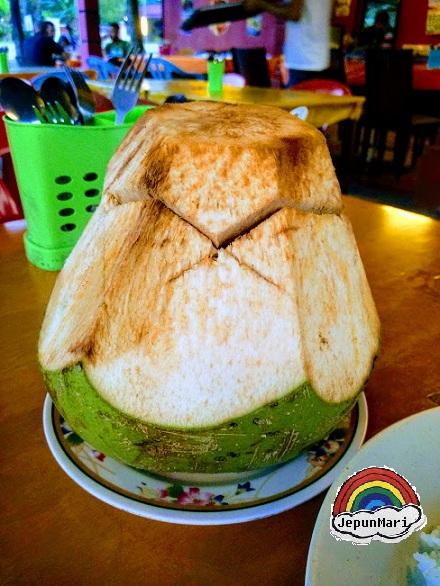 Tomyam kelapa yang sedap di Sabak Bernam
