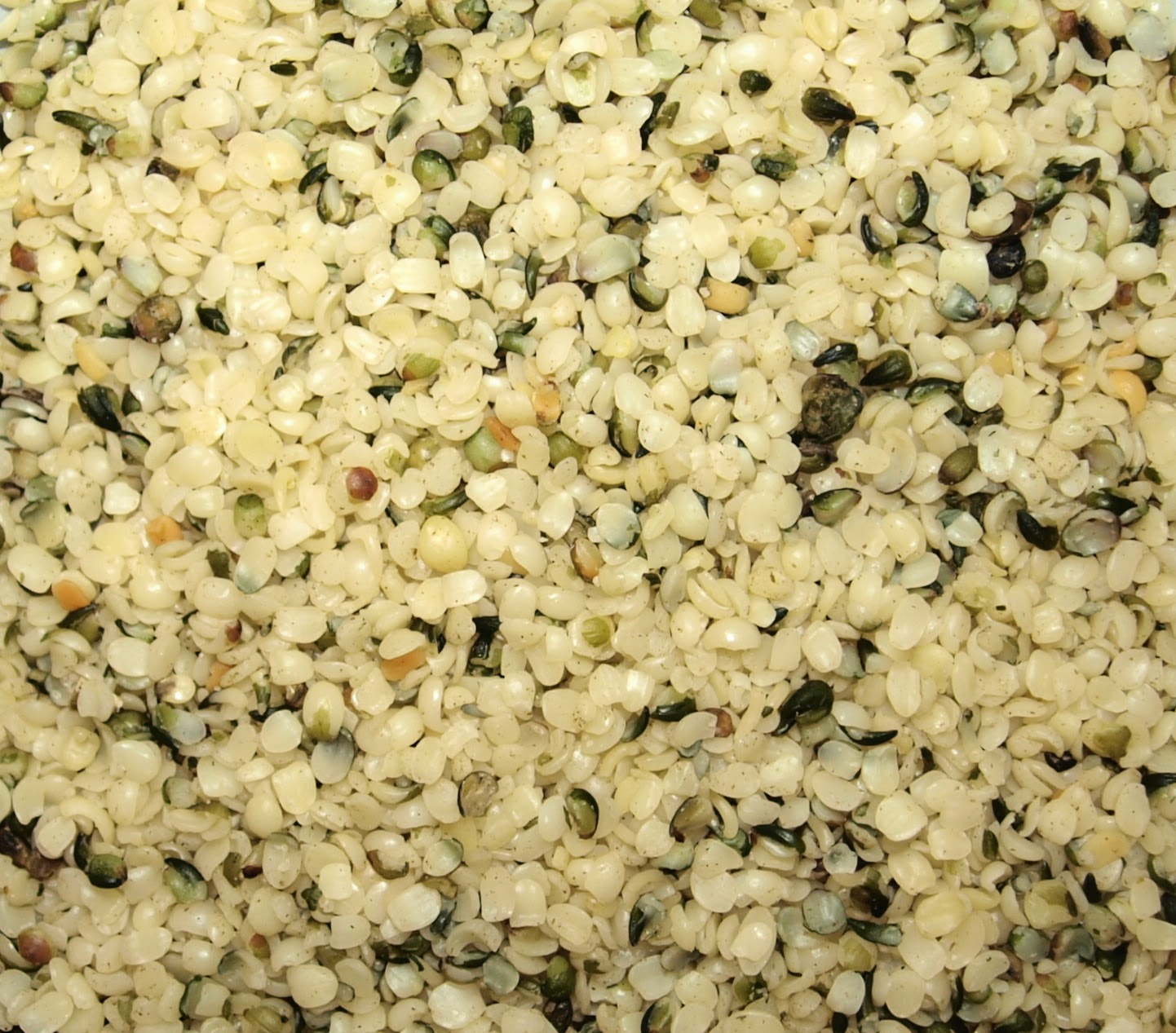 An image of hemp seed without the shell (dehulled)
