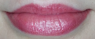 Avon True Colour Supreme Nourishing Lipstick in Perfect Pink