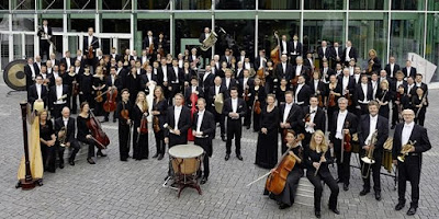 Jakub Hrůša & Bamberg Symphony Orchestra (Photo Andreas Herzau Klein)