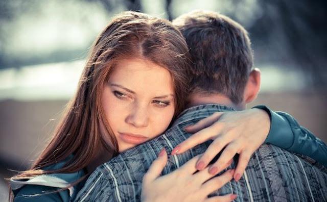 طرق و أساليب فعّالة للتعامل مع زعل زوجك