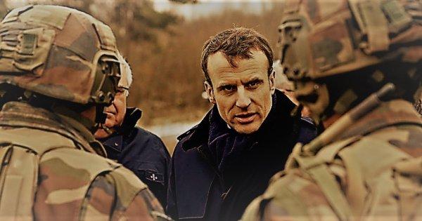 Θέλουν να επιβάλλουν στρατιωτικό νόμο στη Γαλλία για να γλιτώσει ο Ε.Μακρόν - Στρατός βγαίνει στους δρόμους (upd)