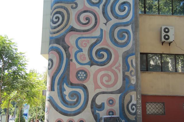 Ouzbékistan, Tachkent, immeuble, fresque, avenue Rachidov, © L. Gigout, 2012