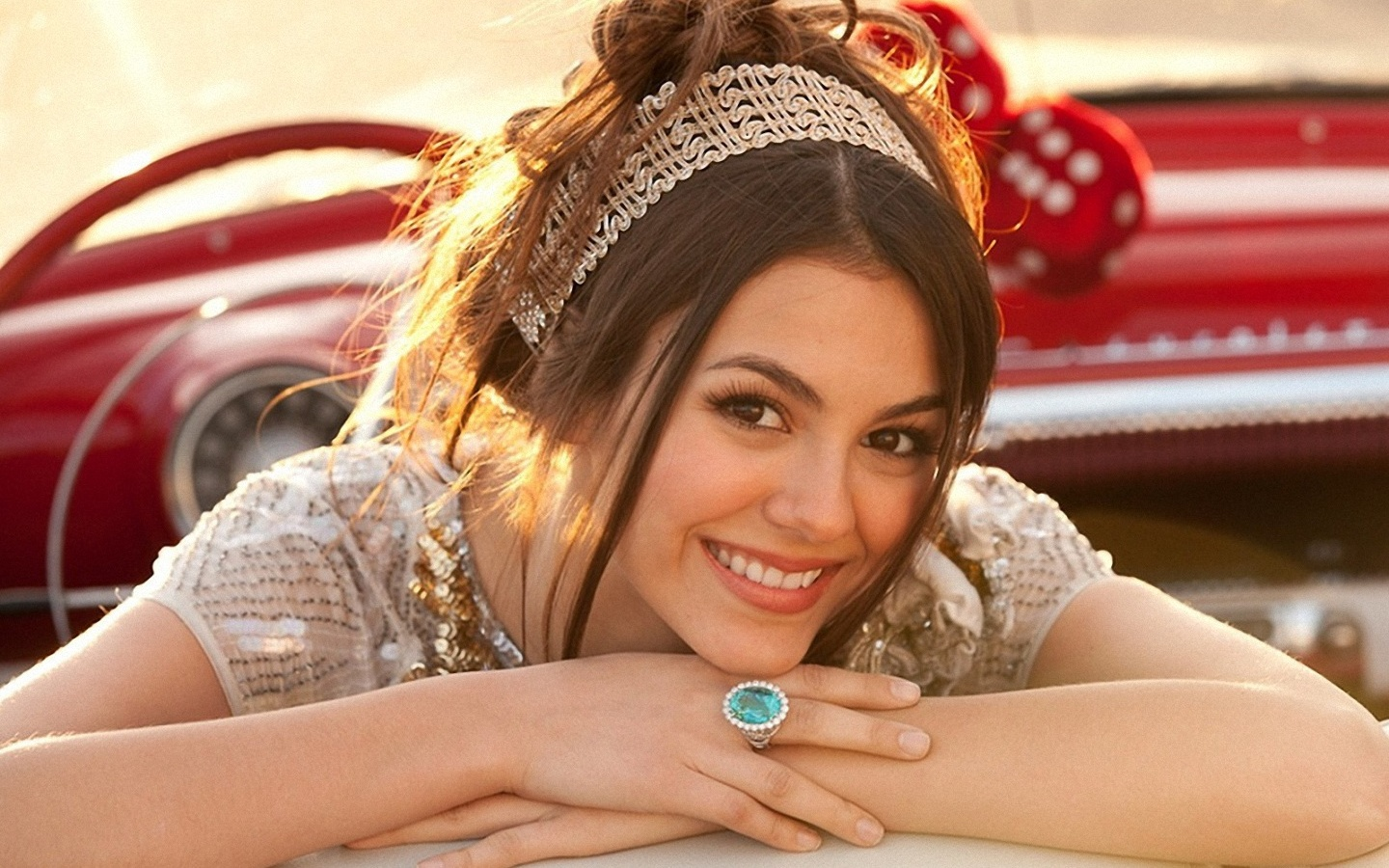 Lovely Wallpapers: Victoria Justice Cute & Lovely ...