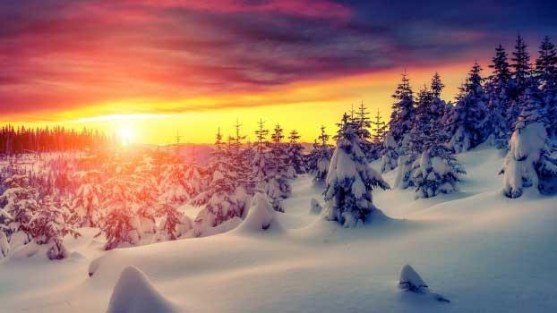 Besplatne zimske pozadine za računar - predivno svitanje zimi