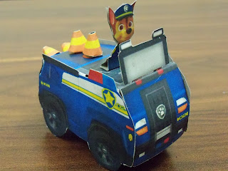 Free Printable 3D Paper: Paw Patrol Chase's blue police vehicle.