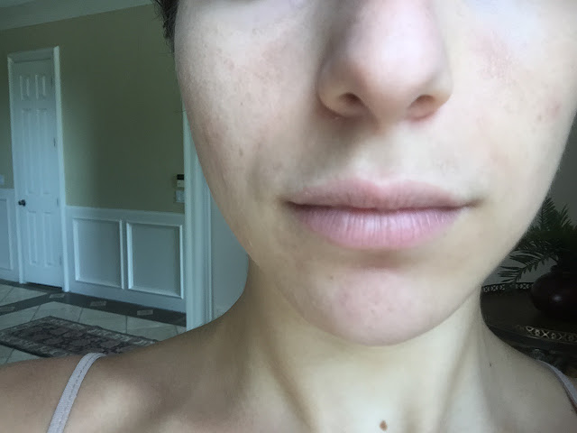 YSL Touch Eclat Blur Perfector on Pores