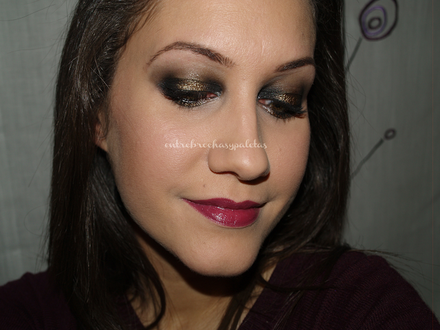 maquillaje nochevieja negro y dorado