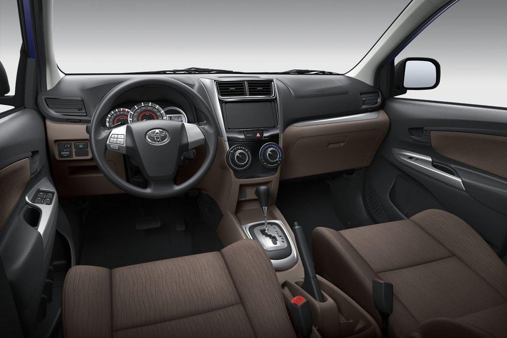 advantage of manual transmission vs automatic