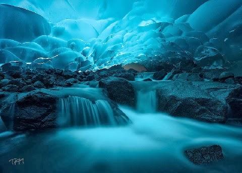 Mendenhall Jégbarlang Alaskában