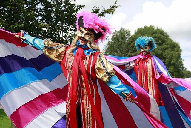 Bradley Stoke Carnival Stilt Walkers